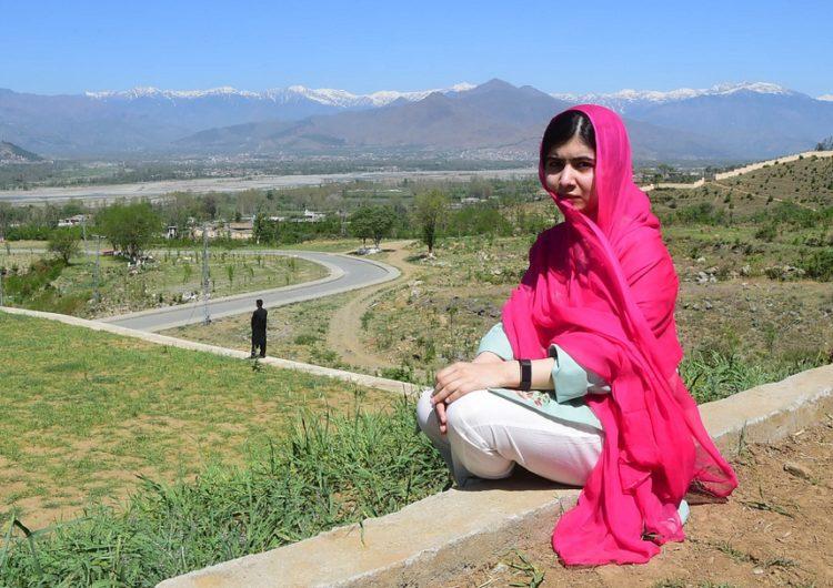 Malala volta ao Paquistão após seis anos