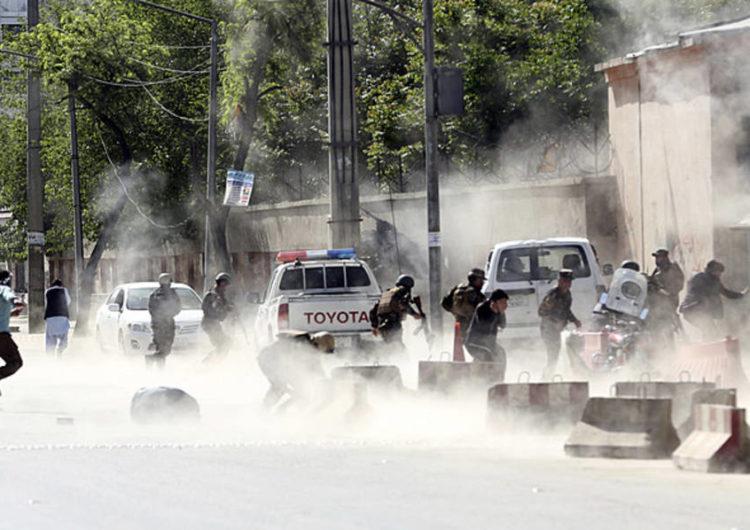 Atentados matam 25 pessoas no Afeganistão