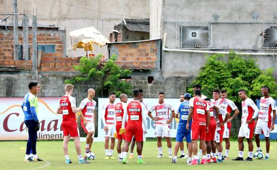 Bahia enfrenta o Flamengo sem três titulares