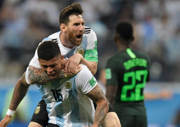 Messi leva a Argentina às oitavas de final da Copa. Crédito  Gabriel Bouys  AFP 807587fa49986