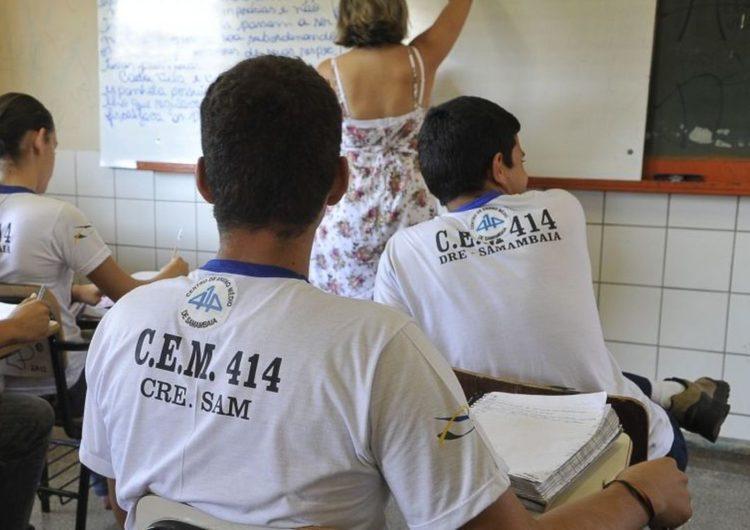 Maioria no ensino médio não aprende o básico em português e matemática