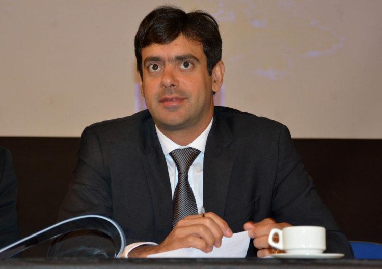 Tiago Correia critica desempenho da Bahia na educação