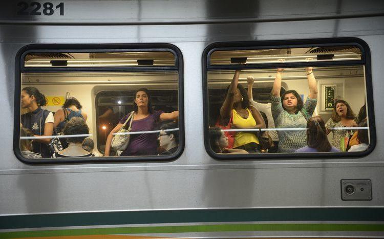 Casos de assédio em trem são enquadrados como importunação sexual