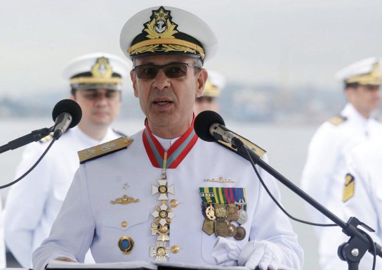 Almirante é confirmado como ministro de Minas e Energia