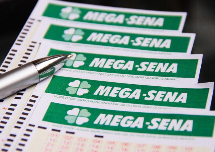 Prêmio da Mega-Sena acumula e chega a R$ 6 milhões