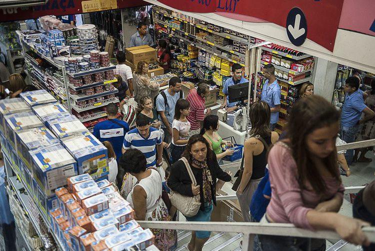 Volume de vendas no varejo cai 1,3% em setembro