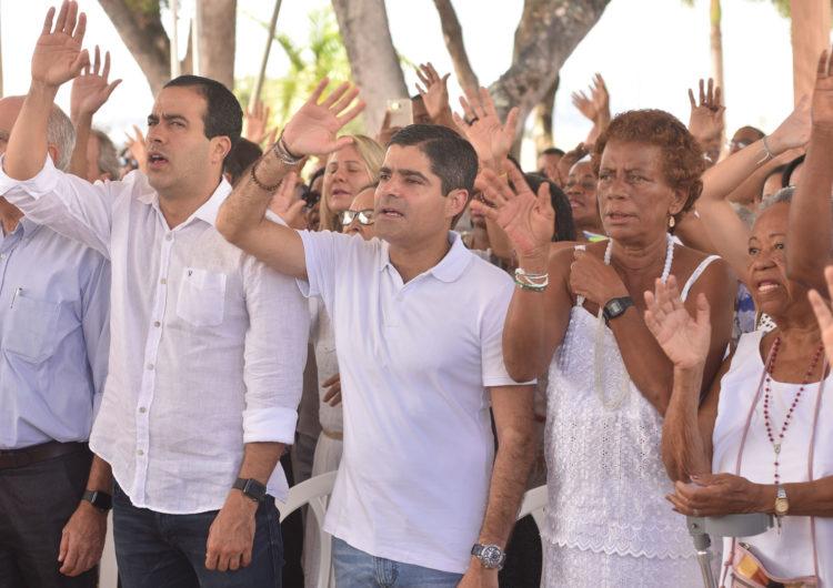 ACM Neto agradece conquistas e renova esperanças em missa no Bonfim
