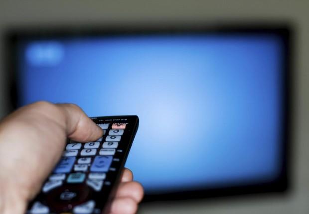 Lei facilita cancelamento da assinatura de TV paga
