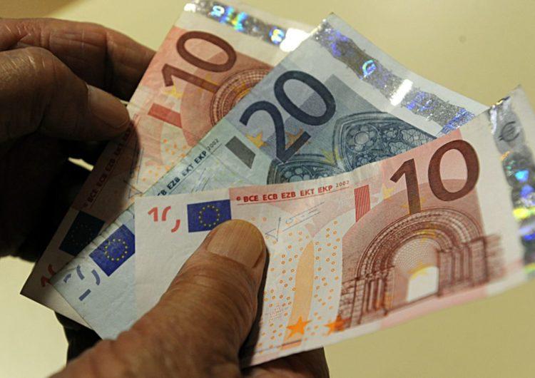 Receita apreende 850 mil euros no Galeão